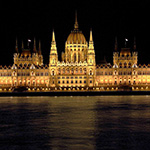 Parlament by night 3